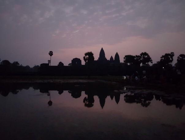 01 Angkor VAT.jpg